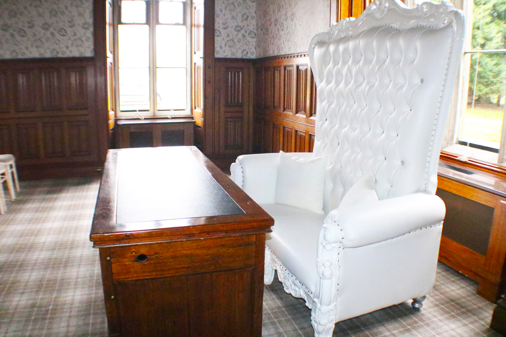White Double Seat Wedding Throne Hire